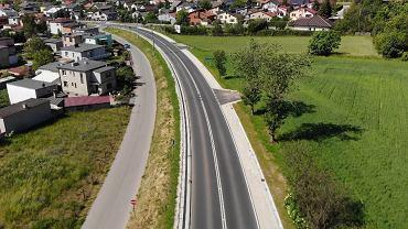 Wyremontowana droga wojewódzka nr 242 na odcinku Wyrzysk-Osiek nad Notecią w powiecie pilskim