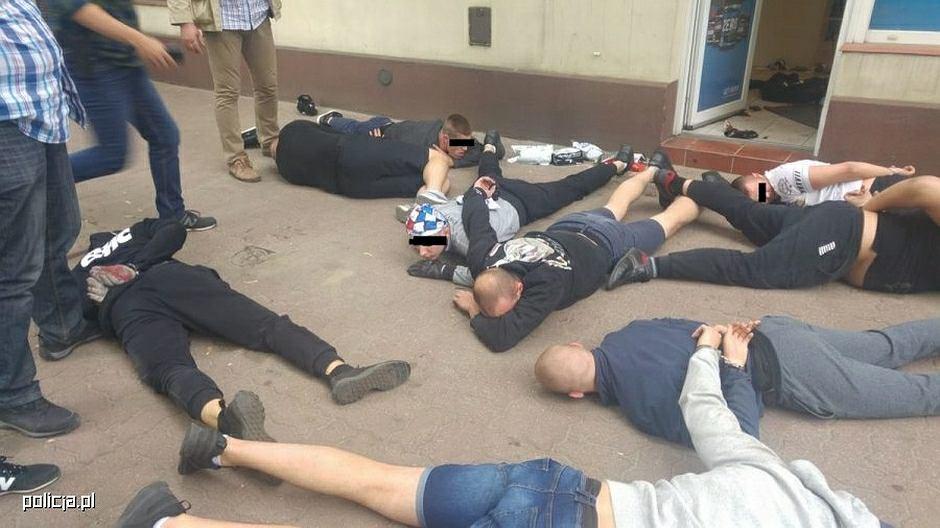 Zatrzymanie chuliganów w Pabianicach