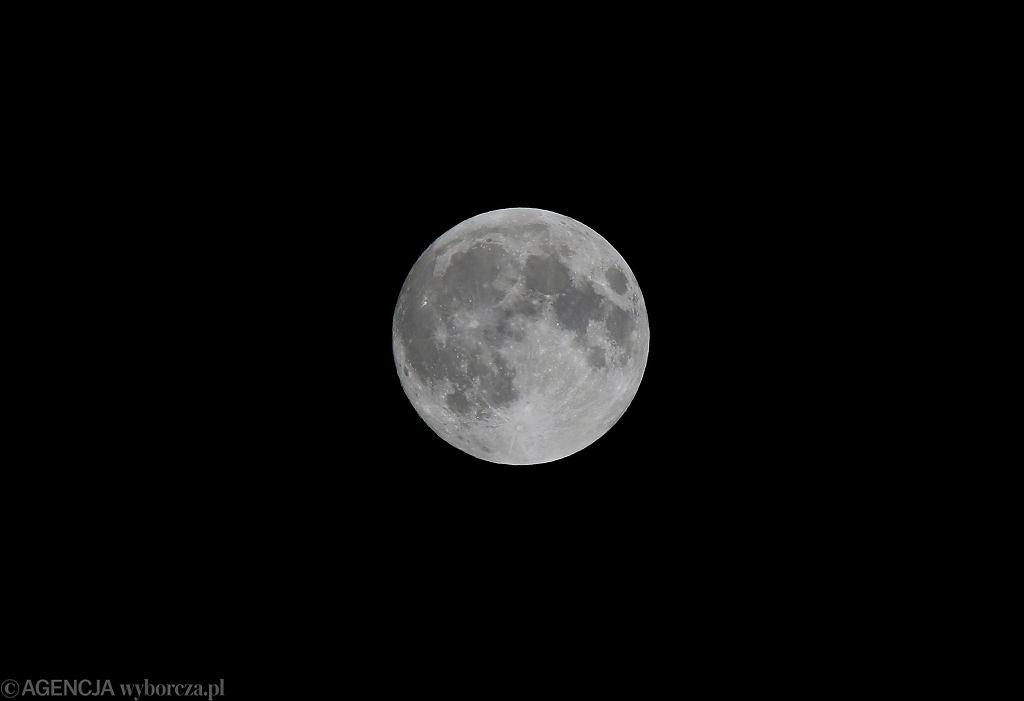 Superksiężyc w lutym będzie wyjątkowo jasny. Dlaczego?