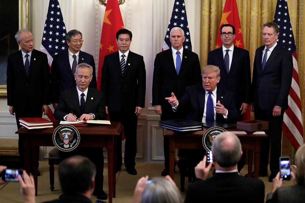 Donald Trump i Liu He/Fot. Evan Vucci / AP Photo