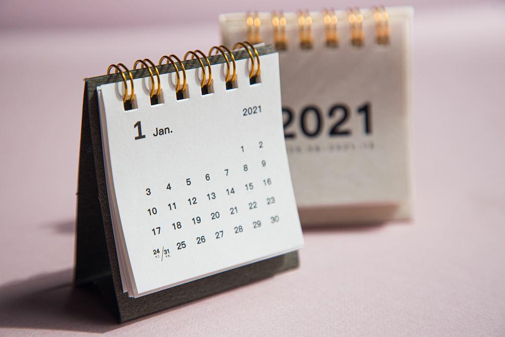 Dni wolne 2021 kalendarz
