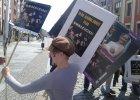 """""""Gwałciciele muszą siedzieć"""". Kobiety protestują po wyroku sądu"""