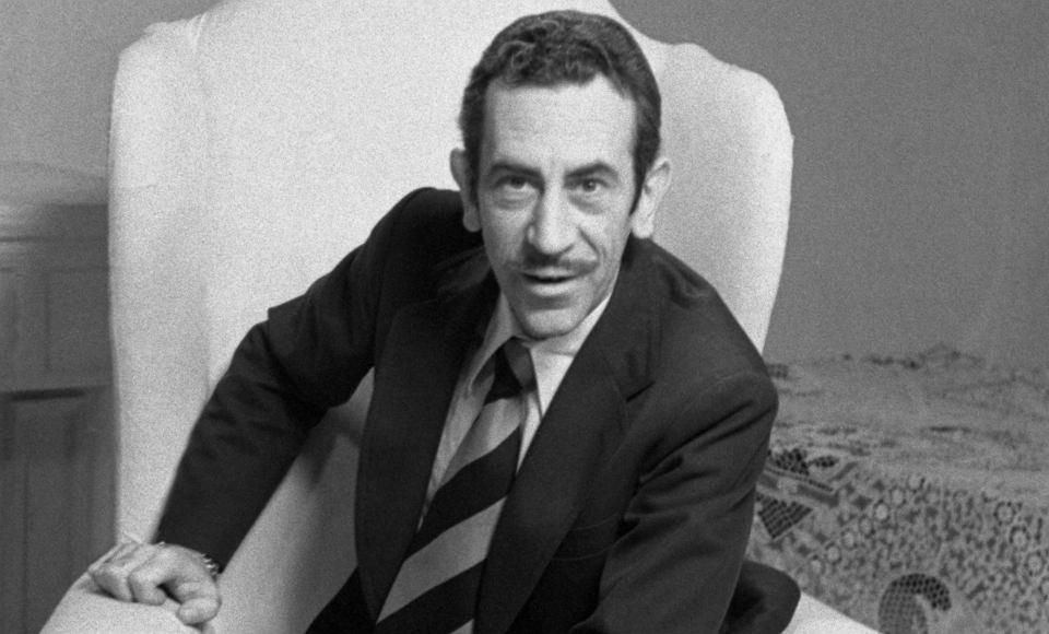 Jan Kobuszewski, 1975 r. 'Bajka dla dorosłych'