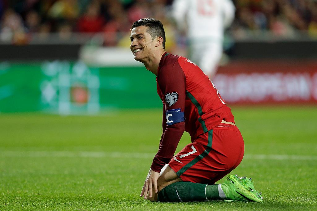 Soccer WCup 2018 Portugal Hungary