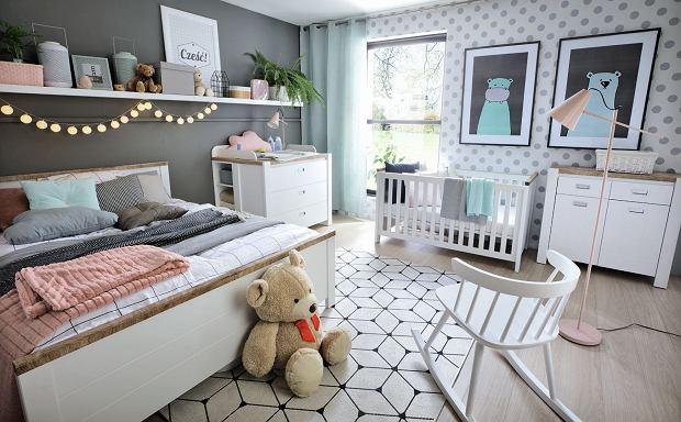 Miejsce dla niemowlaka w sypialni rodziców