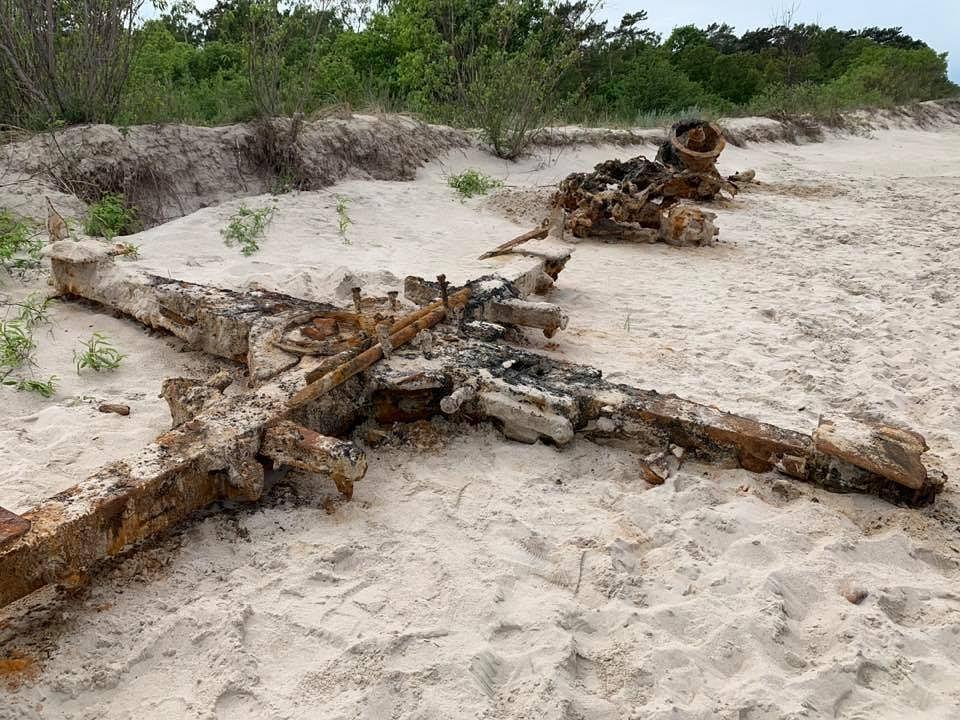 Znalezione przez 'Tank Hunter' części działa Flak 88 mm