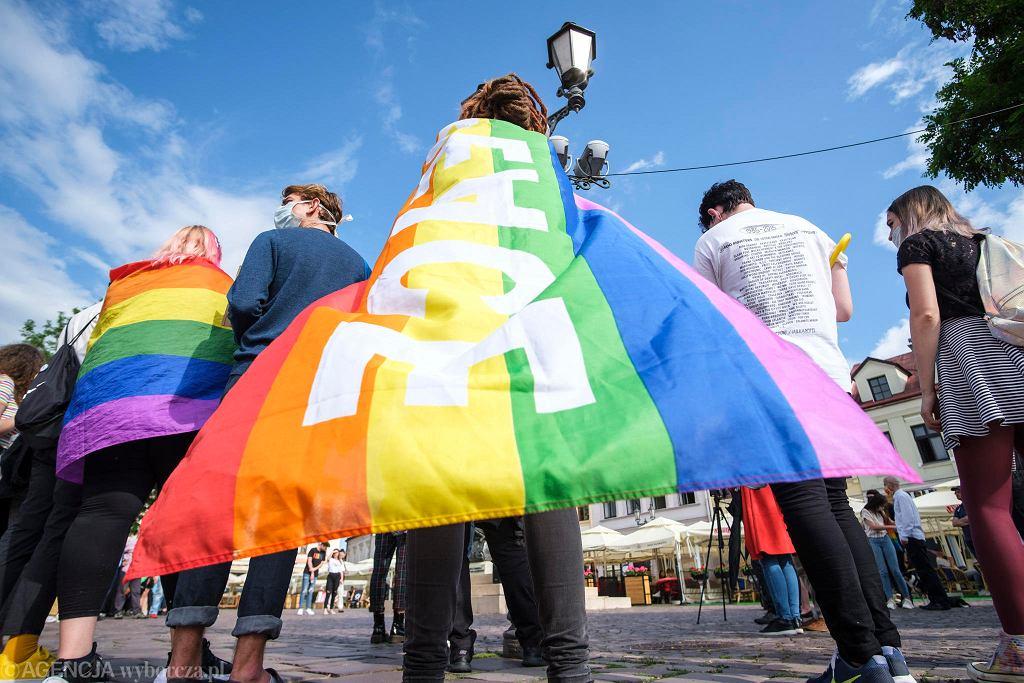 Zdjęcie wykonane na jednej z demonstracji wsparcia dla osób LGBT