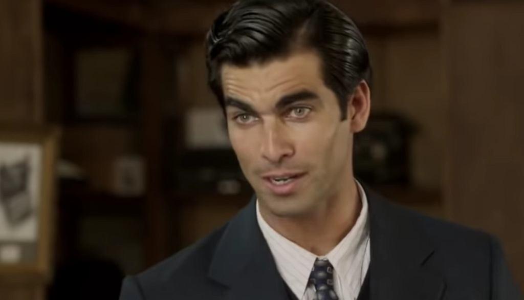 Ruben Cortada jako Ramiro Arribas w serialu 'Krawcowa z Madrytu'
