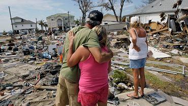 Zniszczenia po huraganie, zdjęcie ilustracujne