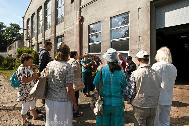 Zdjęcie numer 1 w galerii - Zwiedzali 150-letnią fabrykę obrabiarek na Wilczaku [ZDJĘCIA]