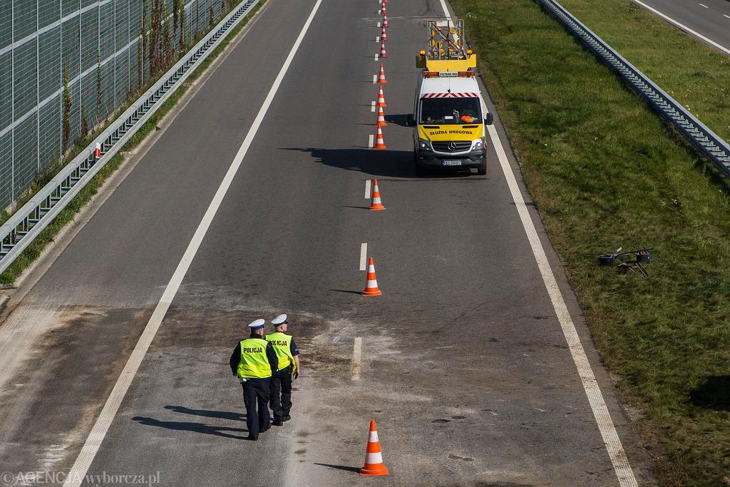 Wypadek na autostradzie A1. Policja kieruje na objazdy (zdjęcie ilustracyjne)