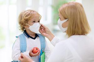 Dziecko z katarem w przedszkolu a zasady związane z epidemią koronawirusa