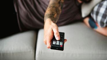 Ruszyły wyprzedaże! Telewizory, kina domowe i pozostałe RTV kupić teraz taniej