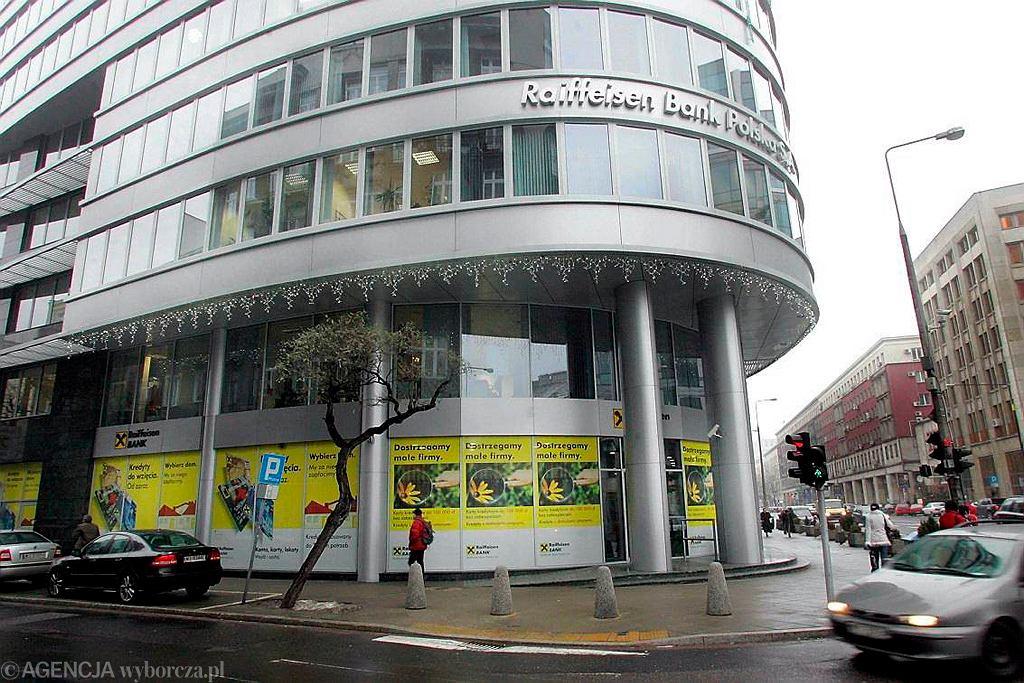 Siedziba Reiffeisen Bank przy ul. Pięknej w Warszawie.