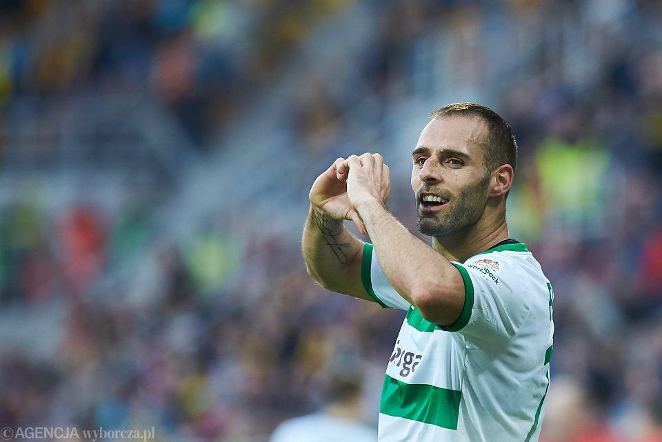 Flavio Paixao goni Bogdana Adamczyka. 50 goli w ekstraklasie, 26 ...