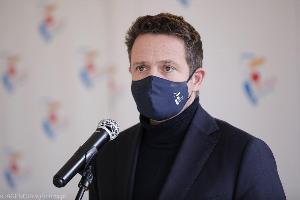 Trzaskowski: Kolejny szpital w Warszawie w całości dla chorych na COVID-19