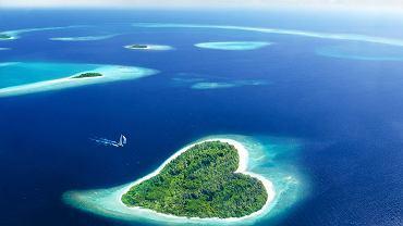 Malediwy, wyspa w kształcie serca/ Fot. Shutterstock