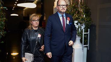 Paweł Adamowicz i Magdalena Adamowicz podczas wieczoru wyborczego 21 października 2018 r.