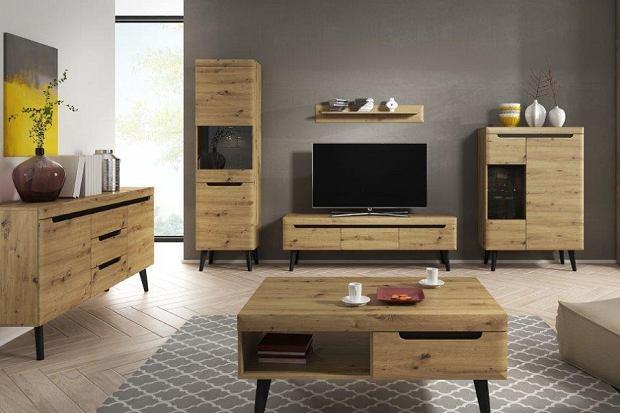 Mały salon w niewielkim mieszkaniu i styl boho - sprawdź jak idealnie to do siebie pasuje