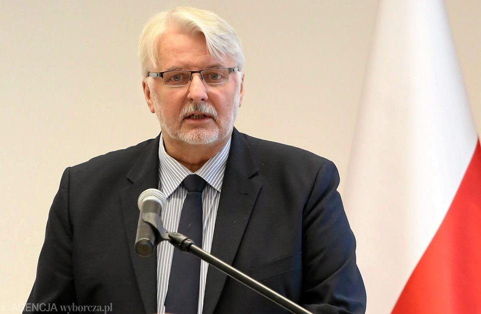 Planowane jest złożenie skargi w sprawie rosyjskiego śledztwa dot. katastrofy smoleńskiej do Międzynarodowego Trybunału Sprawiedliwości w Hadze - poinformował minister spraw zagranicznych Witold Waszczykowski.