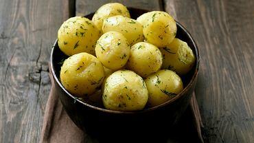 Jak długo gotować ziemniaki? To pytanie, które często budzi wiele wątpliwości.