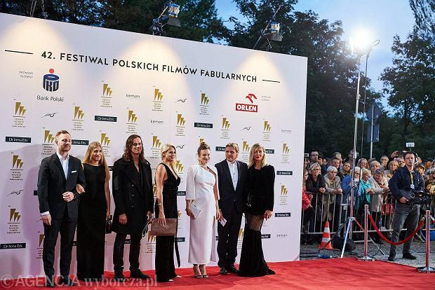 Zdjęcie numer 25 w galerii - Boczarska, Szyc, Gierszał: ekipy filmowe i gwiazdy na czerwonym dywanie Festiwalu Polskich Filmów Fabularnych w Gdyni