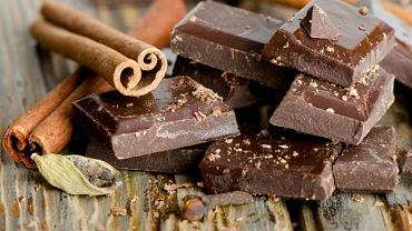 Już niewielka porcja gorzkiej czekolady wzmacnia ściany naczyń krwionośnych