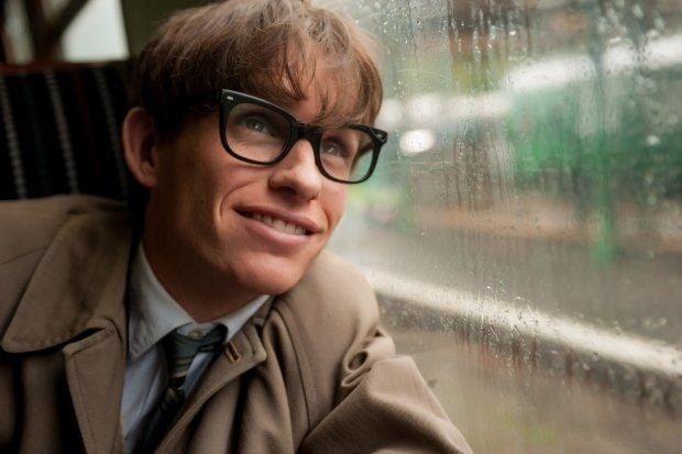 Eddie Redmayn jako Stephen Hawking