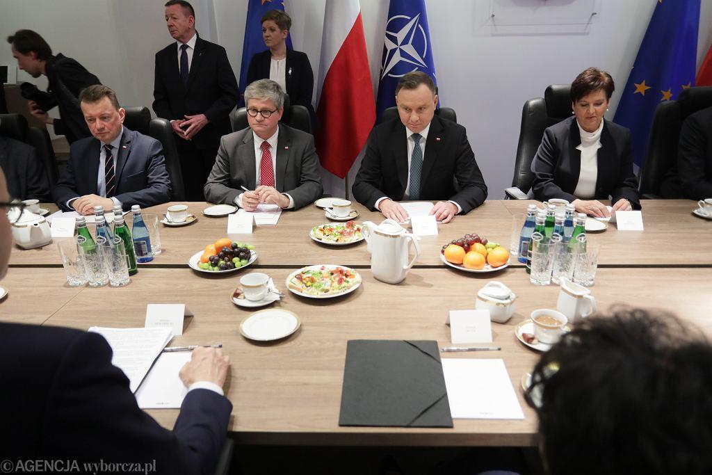 *Posiedzenie Rady Bezpieczenstwa Narodowego