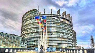 Budynek Parlamentu Europejskiego w Strasburgu.