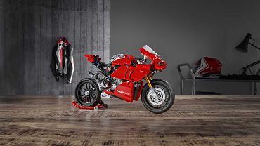 Ducati Panigale V4 R z klocków LEGO
