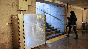 Plac Bohaterów Getta - przejście podziemne