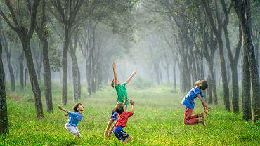 Jak pomóc dziecku przeżywać radość.
