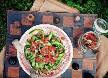 Wstążki z ogórków w sosie pomidorowo-kolendrowym - ugotuj