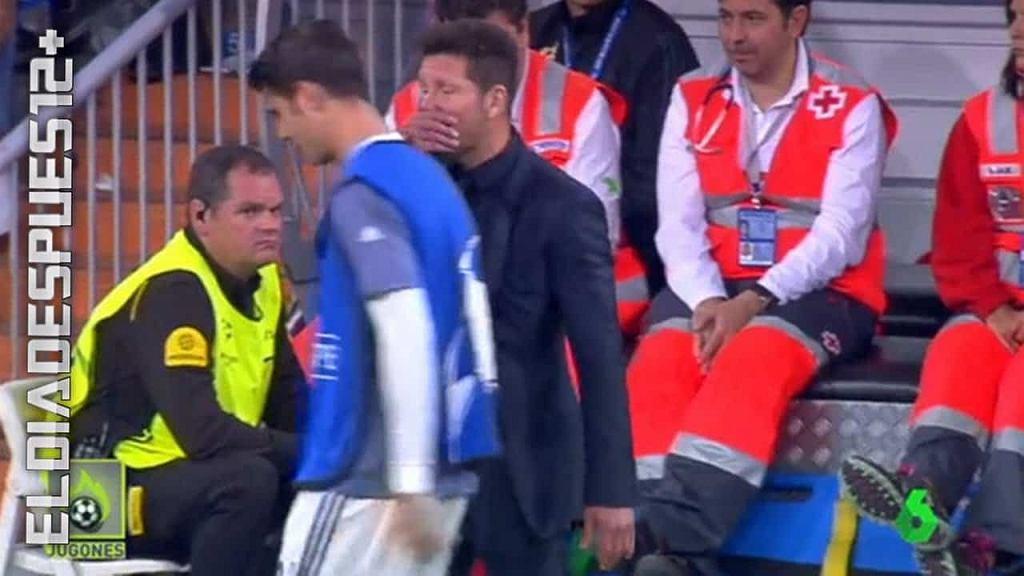 Simeone mówi do Moraty w trakcie półfinału LM