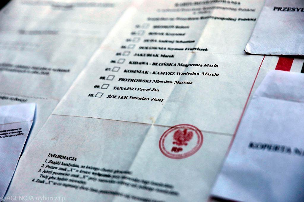 Karta do głosowania w majowych wyborach prezydenckich, które się nie odbyły