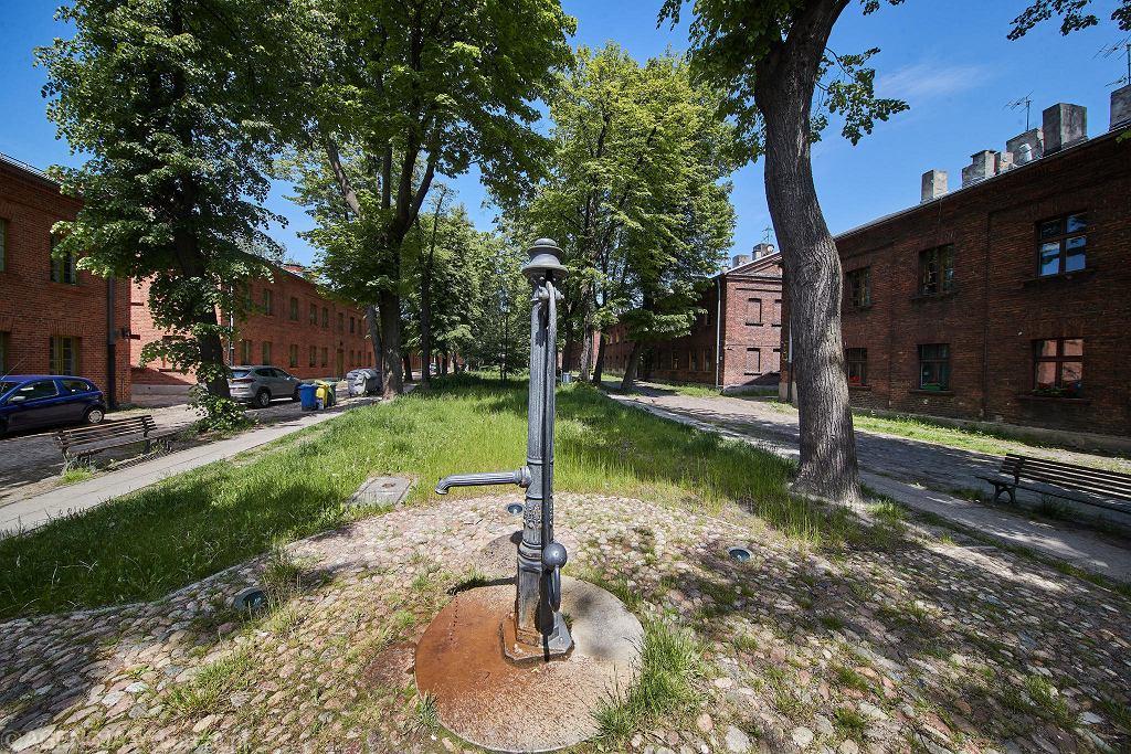 Odnowiona część zabytkowego osiedla Księży Młyn.
