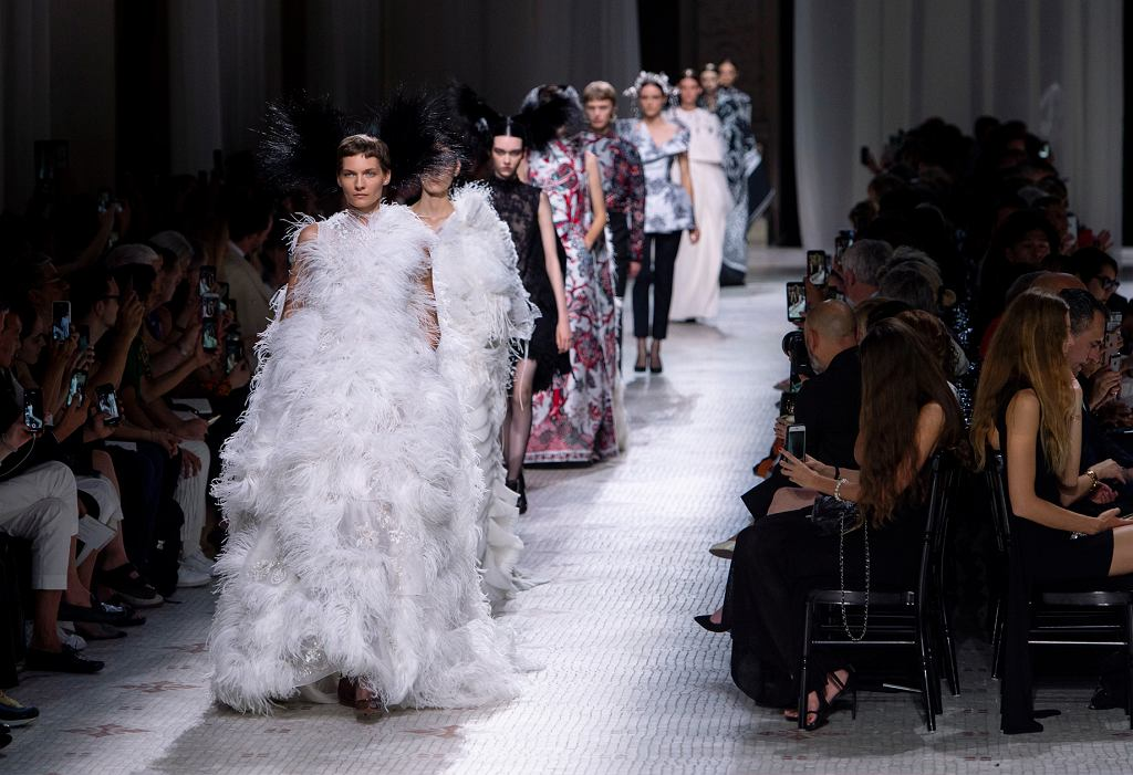 Pokazy haute couture w Paryżu - pokaz Givenchy