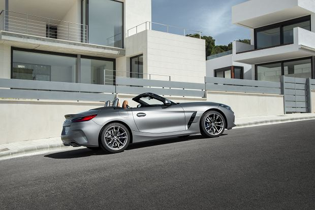 Nowe BMW Z4 odkrywa karty