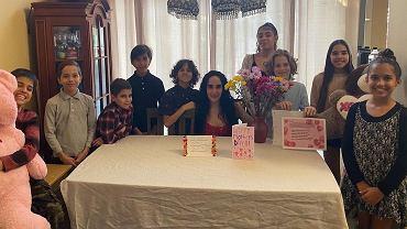 Nadya sama wychowuje 14 dzieci