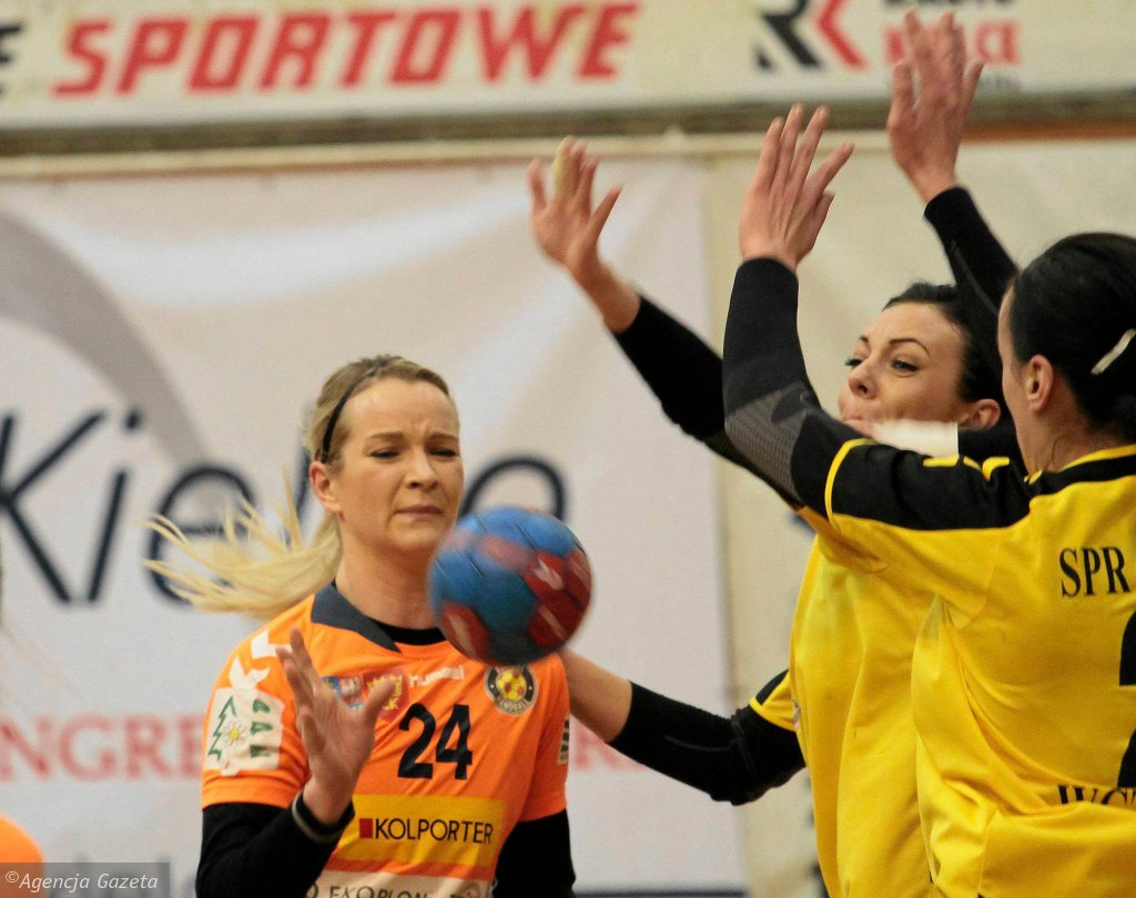 Marta Rosińska podczas meczu Korona Handball - SPR Olkusz