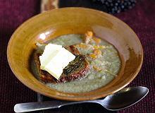 Zupa jabłkowa na kaczym rosole z serem praslickim - ugotuj