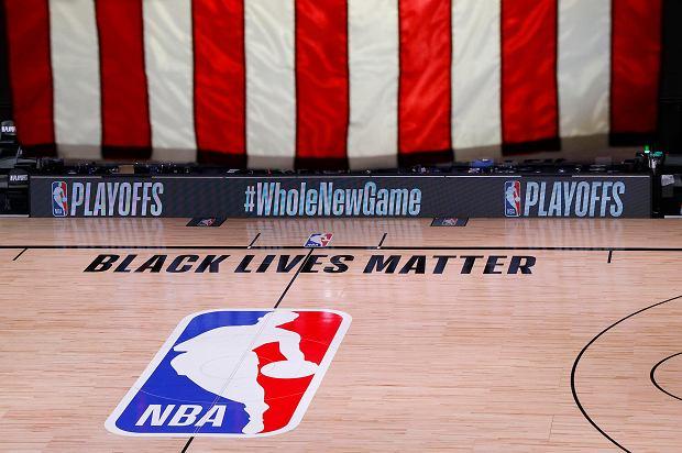 Koszykarze NBA podjęli decyzję ws. sezonu. Wojnarowski przekazał najnowsze informacje