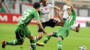 Legia Warszawa - Lechia Gdańsk 1:0. Z prawej Bruno Nazario