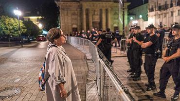 Agnieszka Holland na Krakowskim Przedmieściu przed miesięcznicą smoleńską