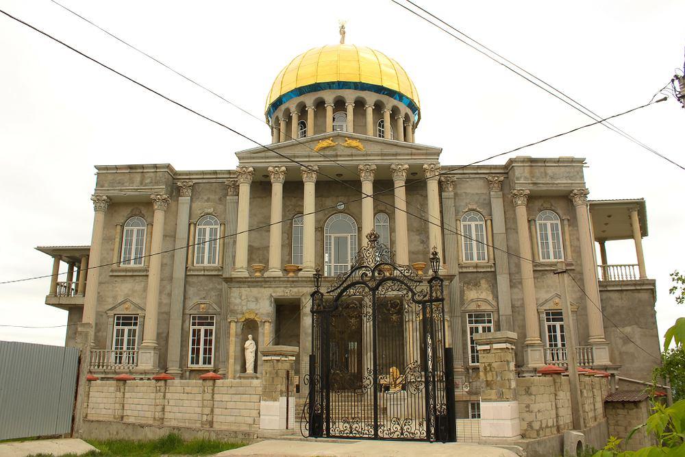 Jeden z romskich pałaców