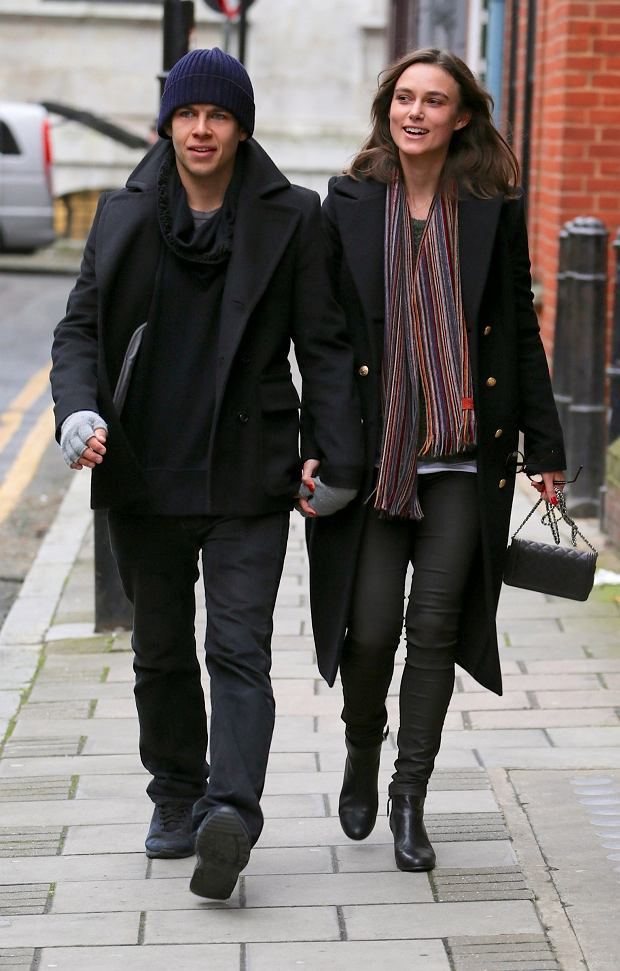 EXCLUSIVE TO INF. ALL-ROUNDER. January 14, 2013: Keira Knightley and her fianc? James Righton pictured taking a romantic stroll in London, UK. Mandatory Credit: INFphoto.com Ref.: infuklo-140/173|sp|EXCLUSIVE TO INF. ALL-ROUNDER.