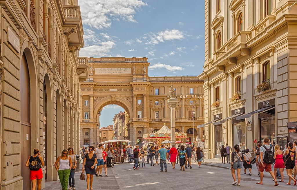 Włochy wprowadzają jedne z najbardziej surowych obostrzeń na całym świecie