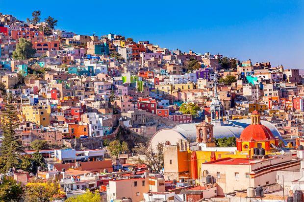 Kolorowe miasto w Meksyku