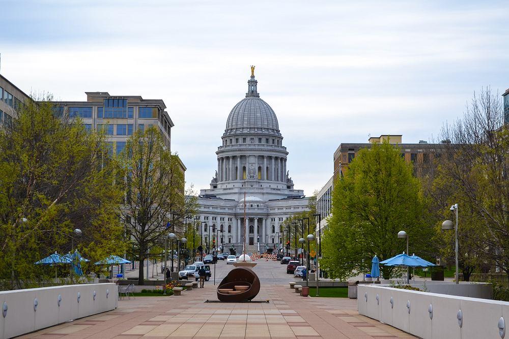 Capitol Subway System to system wagoników, który powstał w labiryncie tuneli pod kompleksem Kongresu USA w Waszyngtonie